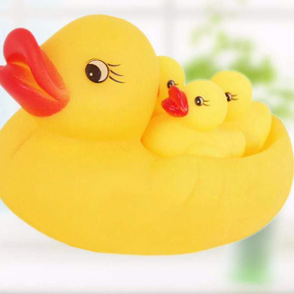 Baby bathing swimming toys one of three Xia Duzi net bag mother and daughter ducks called