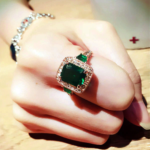 Fashion Genuine Austria Crystal Luxury Classic Rectangle Green Stone Ring Square