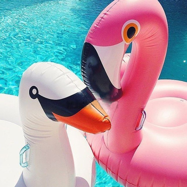 60Inch 150CM Giant Inflatable Flamingo Pool Toy Float Inflatable Pink Swan Unicorn Cute Ride-On Pool for Water Holiday Fun Party