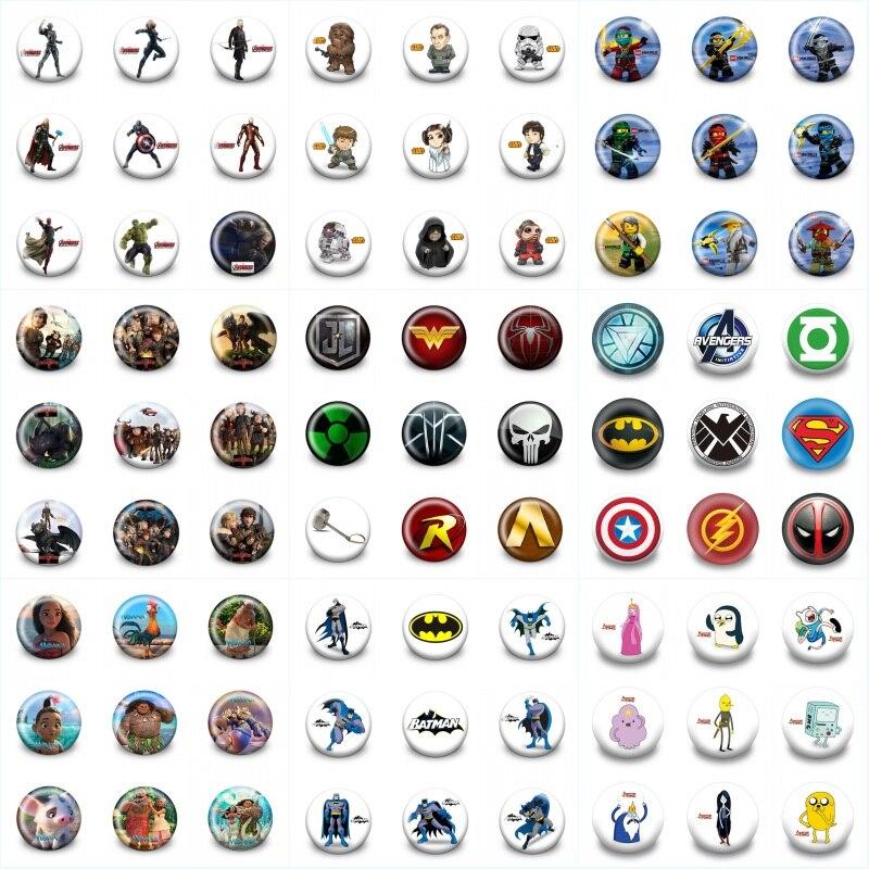 450 PCS 30 MM Diameter Avengers Sesamstraat Mario Super Hero Trolls Pins Badges Cartoon Badges Ronde Knoppen Kid Gift favor-in Broches van Sieraden & accessoires op  Groep 1
