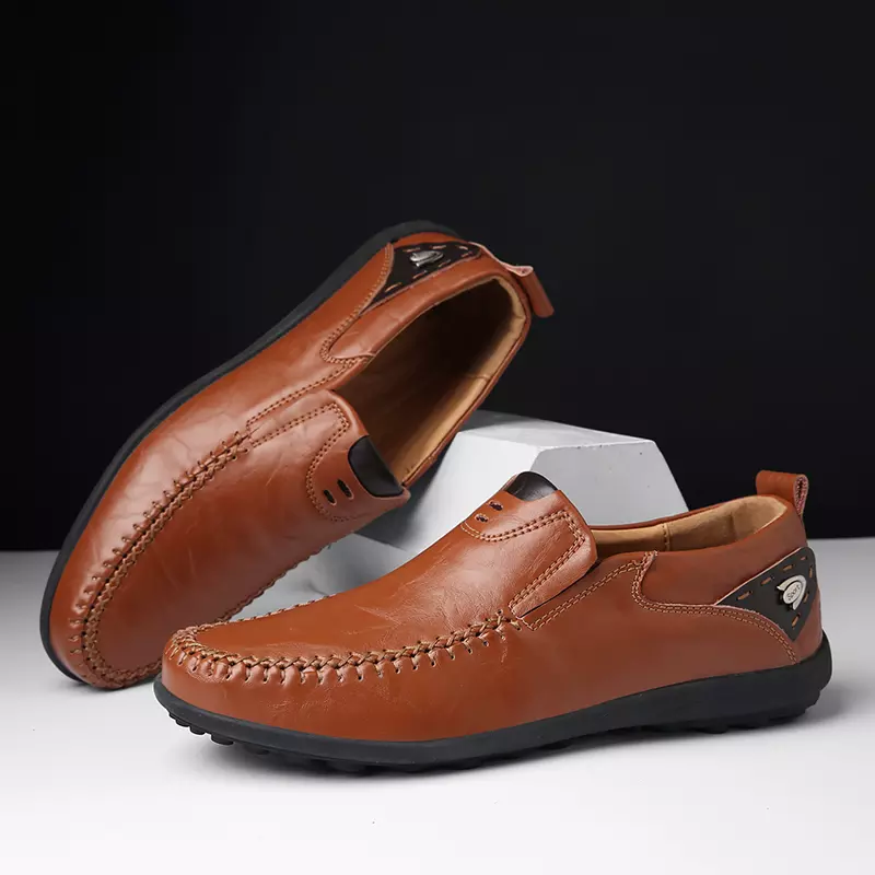 shoes trend 2019 Men Loafers Genuine Leather Casual Shoes Breathable Slip on man red Plus Size 38-47 mocasines zapatos de hombre