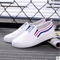 Sapatos femininas симпатичный подросток девушка белый скольжения на обувь женской моде черный, белый цвет студент обувь повседневная обувь