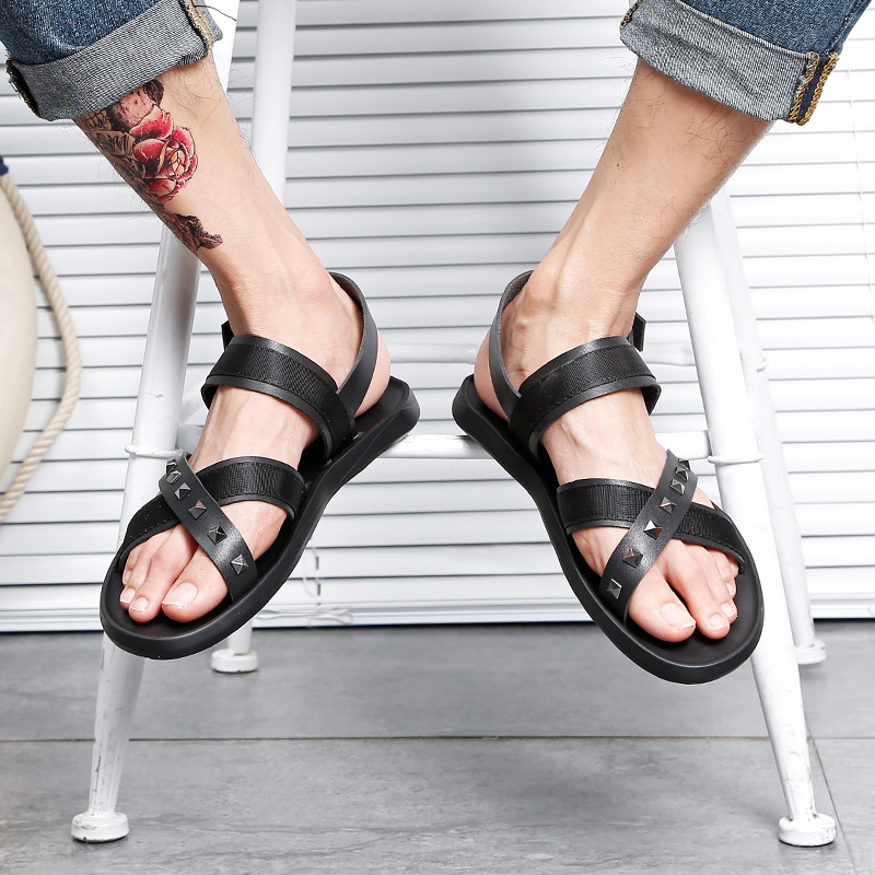 Jookrrix 2018 Summer Holiday Fashion Summer White Shoes Men Rome Style Sandal Male Sandalias Rivets Beach Casual Shoe Gladiators