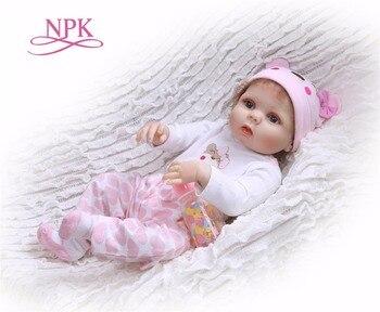 NPK 56 cm jouet de bain en silicone pour le corps entier bebeReborn bébé poupée jouet pour fille garçons nouveau-né poupées pour enfants cadeaux d'anniversaire bébé robe
