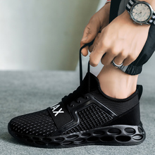 Men Casual Shoes Breathable Mesh Sneakers Male Sport Ultra Boosts Outdoor Shoes Adult Trainers Classic New Men'S Shoes