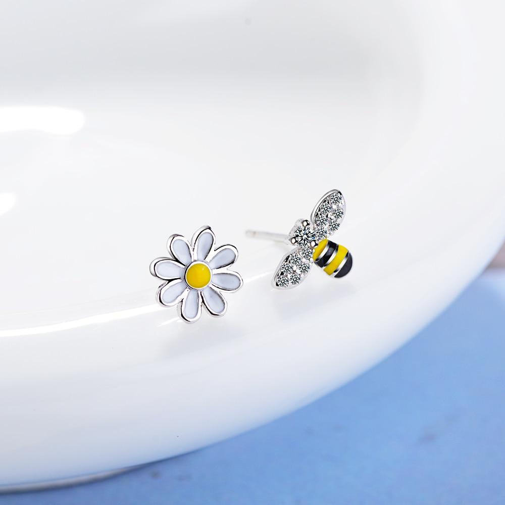 Todorova Cute Tiny Asymmetric Honey Bee Earrings Sun Flower Rhinestones Stud Earrings For Women Pendientes Jewelry Brincos