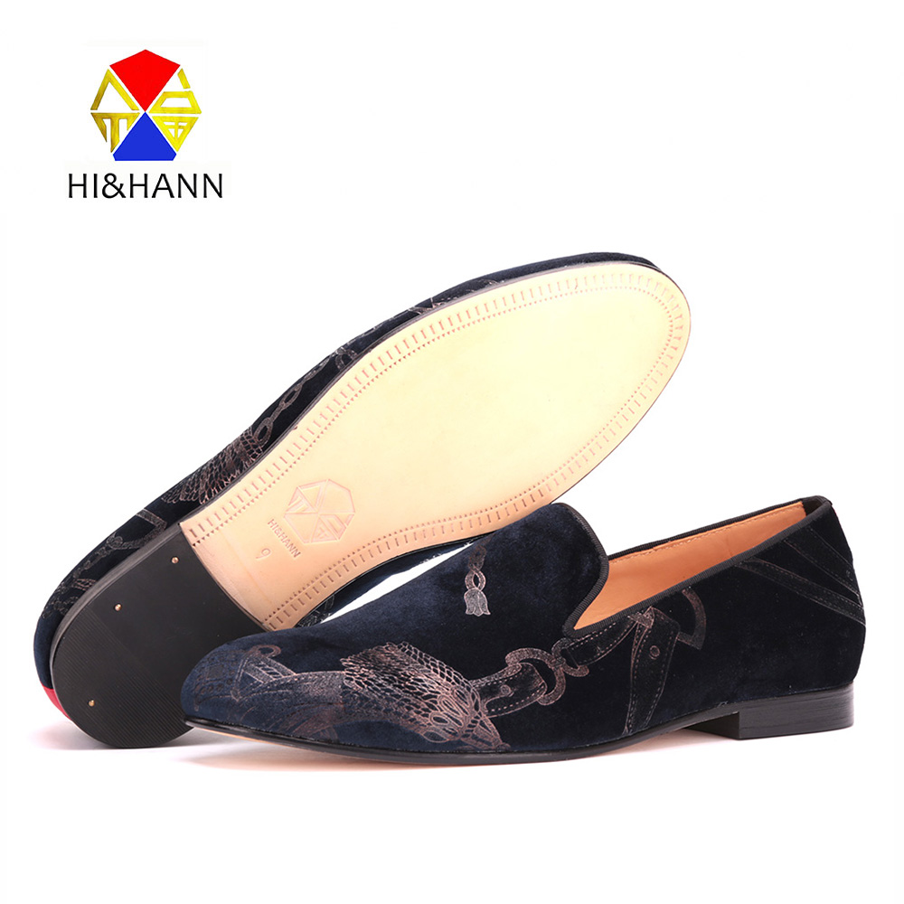 New arrival Graffiti style printing men navy velvet shoes Wedding and Banquet men handmade loafers Leather outsole male's flats 2017 new arrival comfortable genuine leather bottom and insole men loafers colourful banquet men handmade shoes party male flats