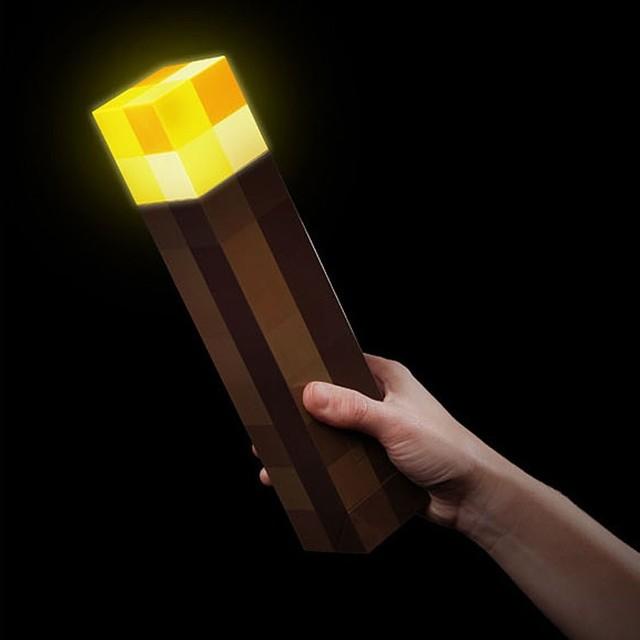 Creativo Minecraft antorcha luz de la noche, Light Up Minecraft pared de la antorcha llevó la plaza del diamante de mano de la lámpara & montado en la pared para regalo de los cabritos
