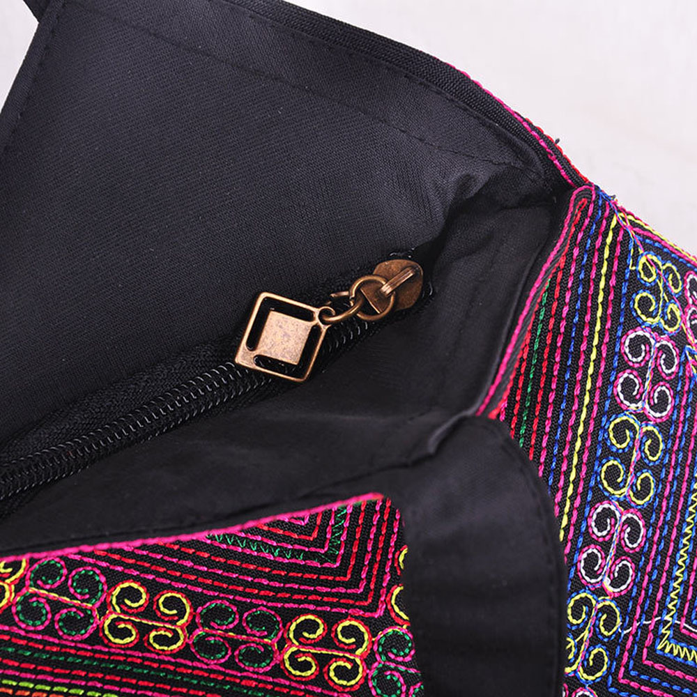 Women's Mandala Embroidery Shoulder Bag 3