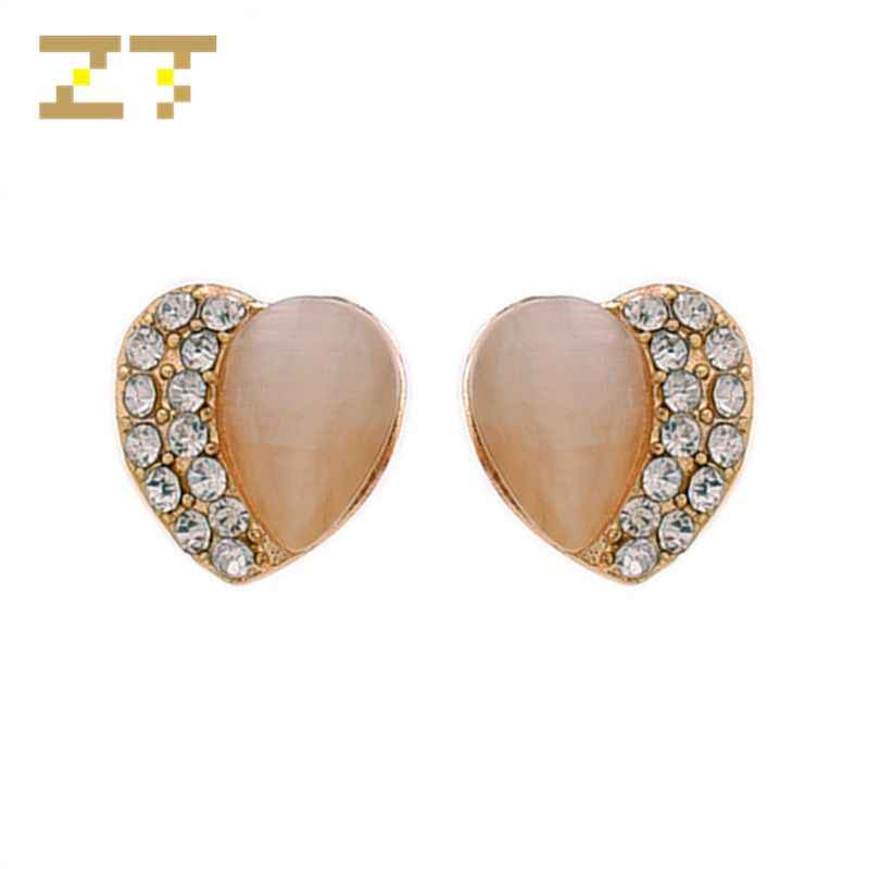 Hot Sale Fashion Statement Simple Beige Cute Heart Opal Crystal Stud Earrings for Women Party Jewelry Bijoux Brincos Oorbellen