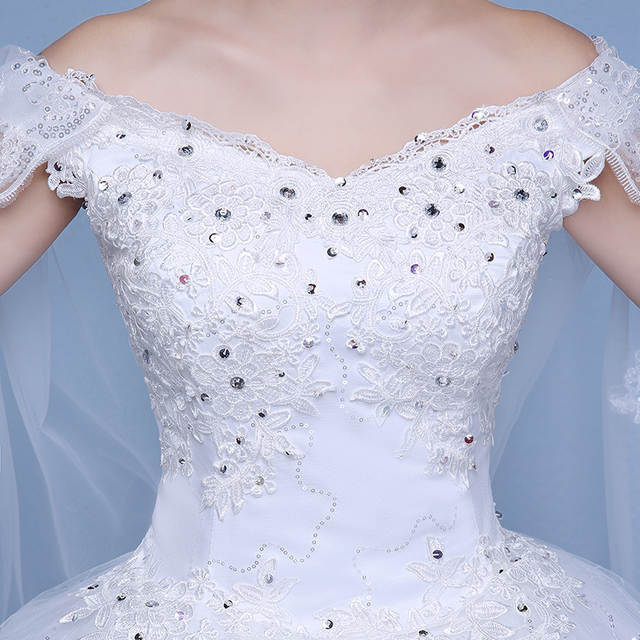 Free Shipping 2017 Short Sleeves Red White Lace Bling Wedding Dresses Plus  size Sequins Princess Bride 2f3f2485dfda
