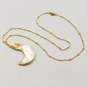 Image 3 - WT N1024 WKT Wholesale Custom Natural Shell Crescent Moon White Pendant Necklace With Gold Stalite Beads 18 inch moon necklace