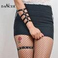 Nueva liga Cuerpo mano arnés pulsera brazaletes liga atractiva de moda geométrica negro arnés fijación remache para dama