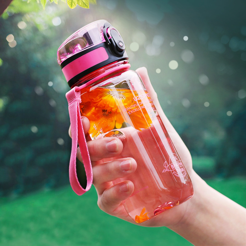 Plastic Sport Water Bottle 350/500ml Fruit Lemon Tea Infuser Shaker Portable Hiking Tour Drink Bottle For Water Tritan BPA Free-in Water Bottles from Home & Garden on AliExpress