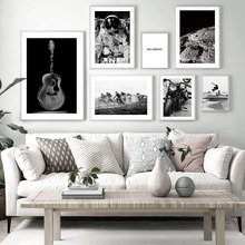 Astronauta Luna guitarra motocicleta pared arte lienzo pintura carteles nórdicos e impresiones Vintage pared cuadros para decoración de sala de estar