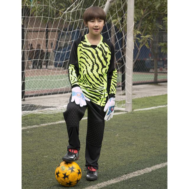 4c6db9765 Maillot De Foot Kids Long Sleeve Goalkeeper Soccer Jersey Kits Children  boys girls Full Goalie Keeper Football Uniform Pants