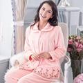 Conjuntos de Pijama de Flanela inverno Espessamento Das Mulheres Flanela Sleepwear Fêmea Velo Coral Lindo Homewear