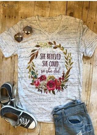 2018 Valentine De Mode T-Shirt Femmes Floral Elle A Cru Pouvoir ce Qu'elle fit T-shirts À Manches Courtes Casual Printemps Dames De Base Tops