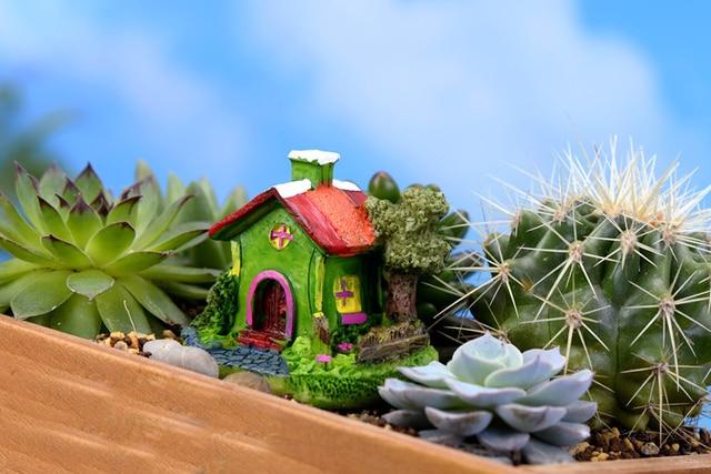Mini Castle Cartoon House Villa Mini Buildings Miniatures Fairy Garden Gnome Moss Terrarium Decor Crafts Bonsai Home Decor 5