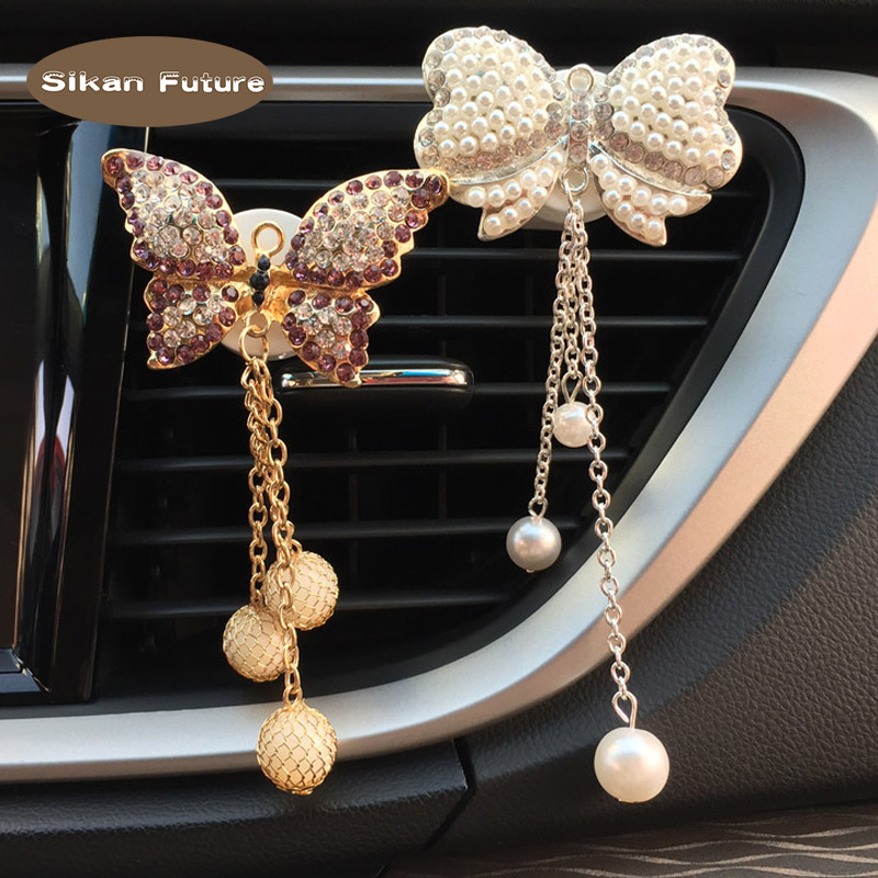 Bow tie pendant, car, air outlet, perfume, cute car, air conditioner, perfume clip, decoration.