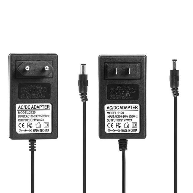 Universal 21V 2A 18650 Lithium Batterie Ladegerät DC 5,5mm Plug Power Adapter Ladegerät hohe quility EU Stecker UNS stecker für laptop neue