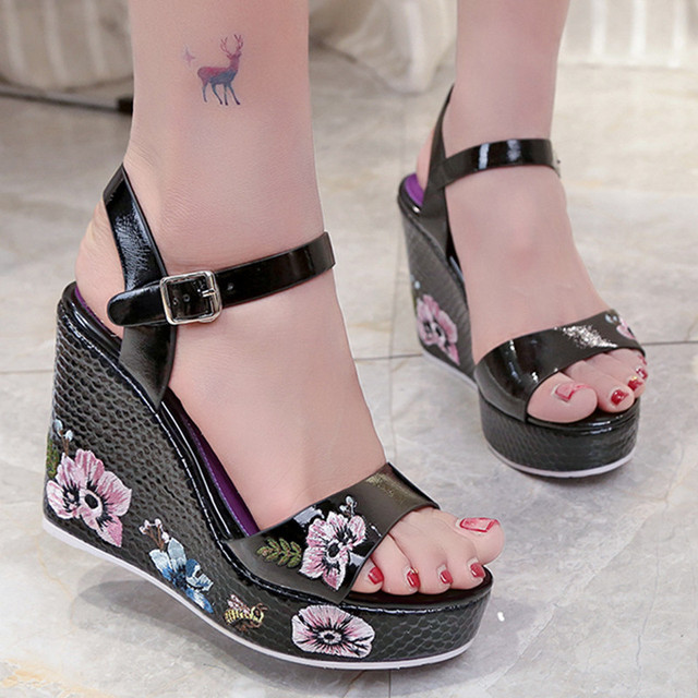 Summer Women Leather High Heel Sandals Ladies Mules Ethnic Flower Floral Wedges Shoes Platform Open Toe Zapatos De Mujer 8518W