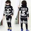 2017 ropa para niños set niños juegos de los deportes del algodón embroma la ropa traje niños chándal adolescente ropa niñas niños de la manera