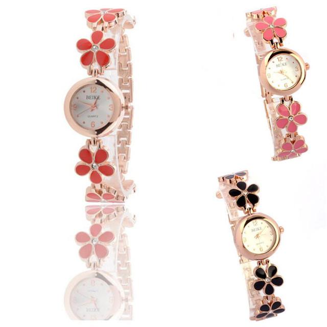 Watches Hot Sale Fashion Casual Women Bracelet Watch Alloy Flowers Diamond Wrist Watches Dress Quartz Watch