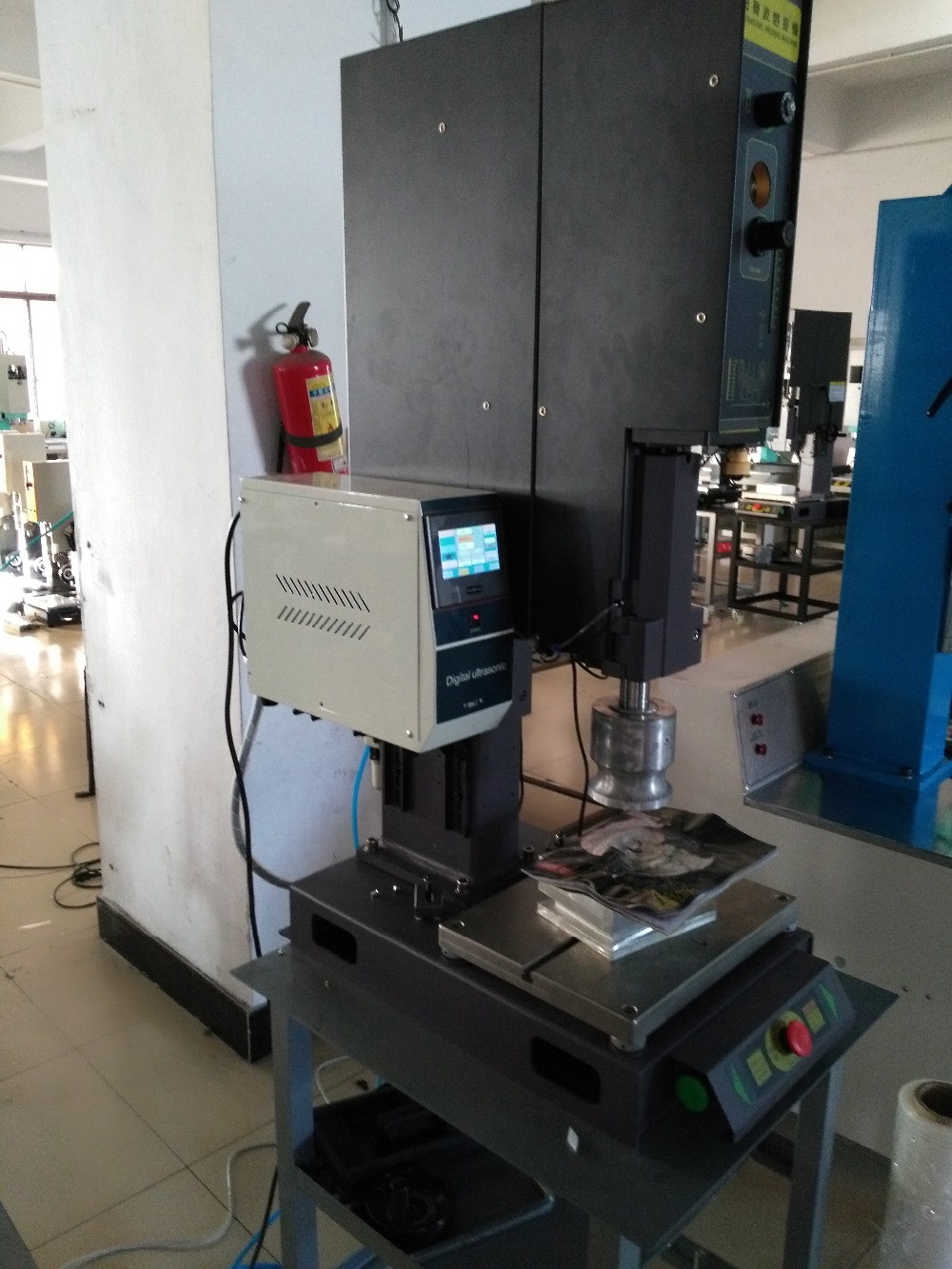 1500W/20khz ultrasonic plastic welding equipment,,1500W Intelligent Digital Ultrasonic Welding Machine,welder machine  цены