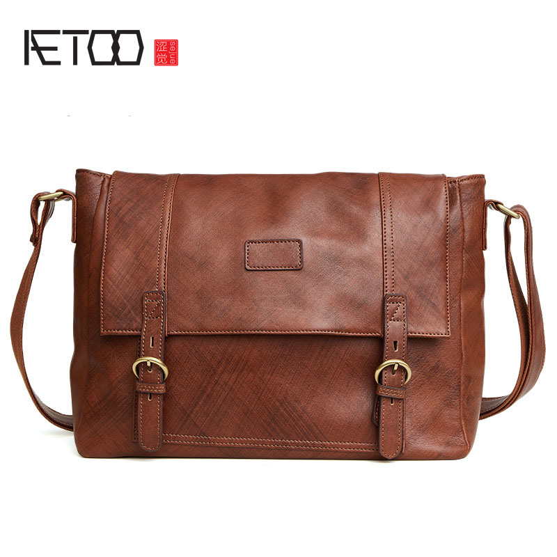AETOO The new leather men 's bag fashion casual cross men' s shoulder bag Messenger bag men 's bag aetoo the new oil wax cow leather bags real leather bag fashion in europe and america big capacity of the bag