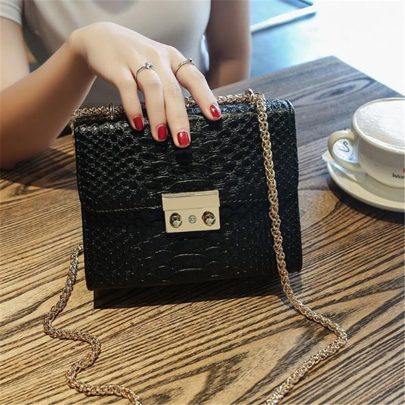 Luxury Handbags Women Bags Designer 2018 Alligator PU Leather Version Of Black Blue Gray Clutches Chains Ladies Crossbody Bags 28