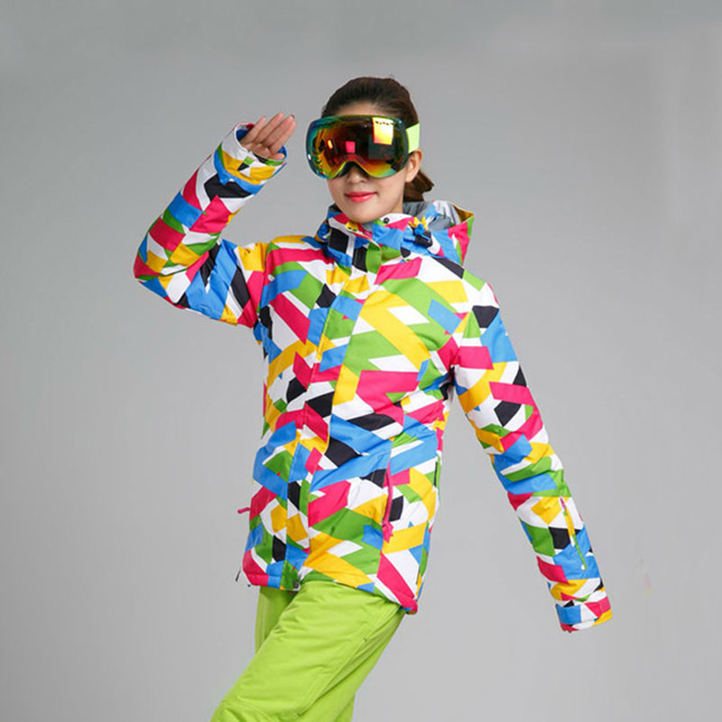 Prix pour Livraison gratuite 2016 Nouveau Femmes Vestes de Ski Sports D'hiver En Plein Air Veste Snowboard Femme Vêtements de Neige De Ski Dames Veste PYJ502