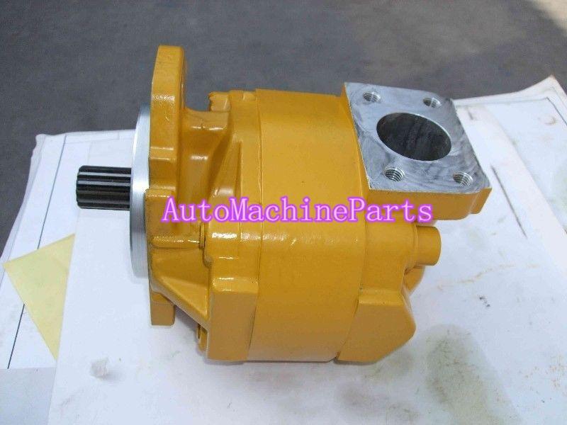Pompe hydraulique 705-11-38010 pour Komatsu D65PX-12 ou EX-12 D85E-SS + BulldozerPompe hydraulique 705-11-38010 pour Komatsu D65PX-12 ou EX-12 D85E-SS + Bulldozer