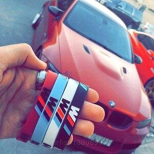 Image 3 - 100 pièces M puissance Sport Bracelet pour BMW Club Fans Bimmer Silicone Bracelet///M lumineux hologramme caoutchouc Bracelet tous les cadeaux de série