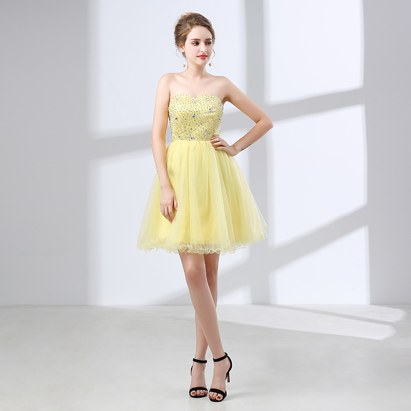 2018 Candy Color In Yellow Short Sexy  Bridesmaid Dresses Custom Made Tulle Crystal Sequins Knee Length Backless Bridesmaid Gown