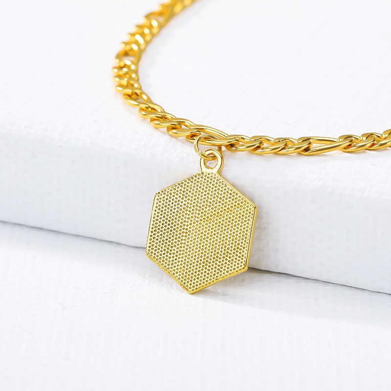ファッションホット A 〜 Z 手紙パーソナライズゴールド色の六角形のステンレス鋼のペンダントのためのレディースメンズジュエリー親友ギフト
