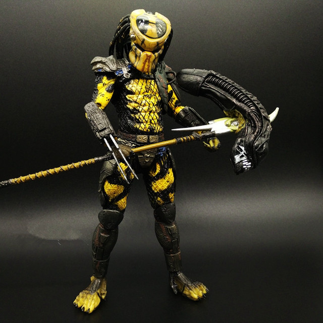 Predator Action Figure Master Wolf Anime Movie VS Alien Collectible Model Toy PVC 200mm