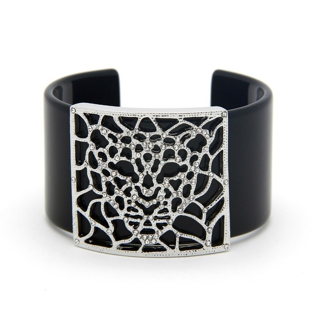 Fashion Slim Black Acrylic Cuff Bracelets Leopard Head Bracelets Bangles With Clear Crystal Decoration Gift for Mother Day