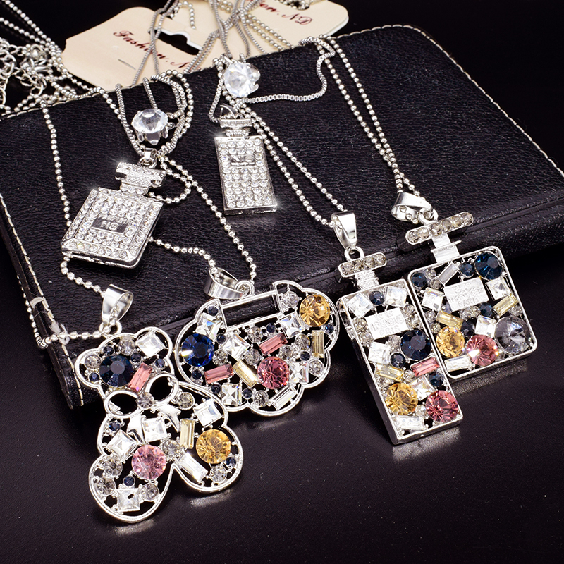 New Design Colorful Rhinestone Long Necklace Pendant Perfume Bottle Necklace For Women Exquisite Jewelry Sweater chain Nc044