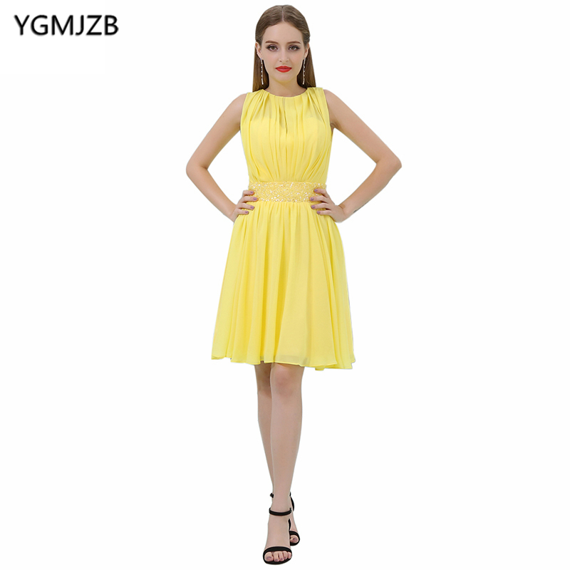 New Arrival Short Prom Dresses 2018 A-Line Scoop Cap Sleeve Prom Gown Yellow Beaded Sashes Knee Length Chiffon Cocktail Dresses