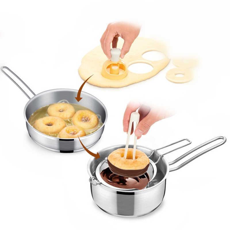 1pcs Kawaii Cute Donut Maker Cutter Mold Fondant Cake Bread Desserts Bakery Mould Pastry Tools DIY Bake Molds 1603