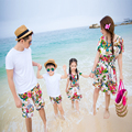 Família combinando roupa família vestuário mãe e filha ombro nu vestido de pai e filho roupas de praia roupas GS10