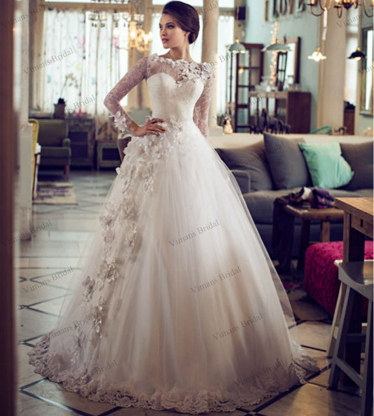 2015 Ball Gown Puffy Bridal Gown Boat Neck Sweep Train Tulle Long ...