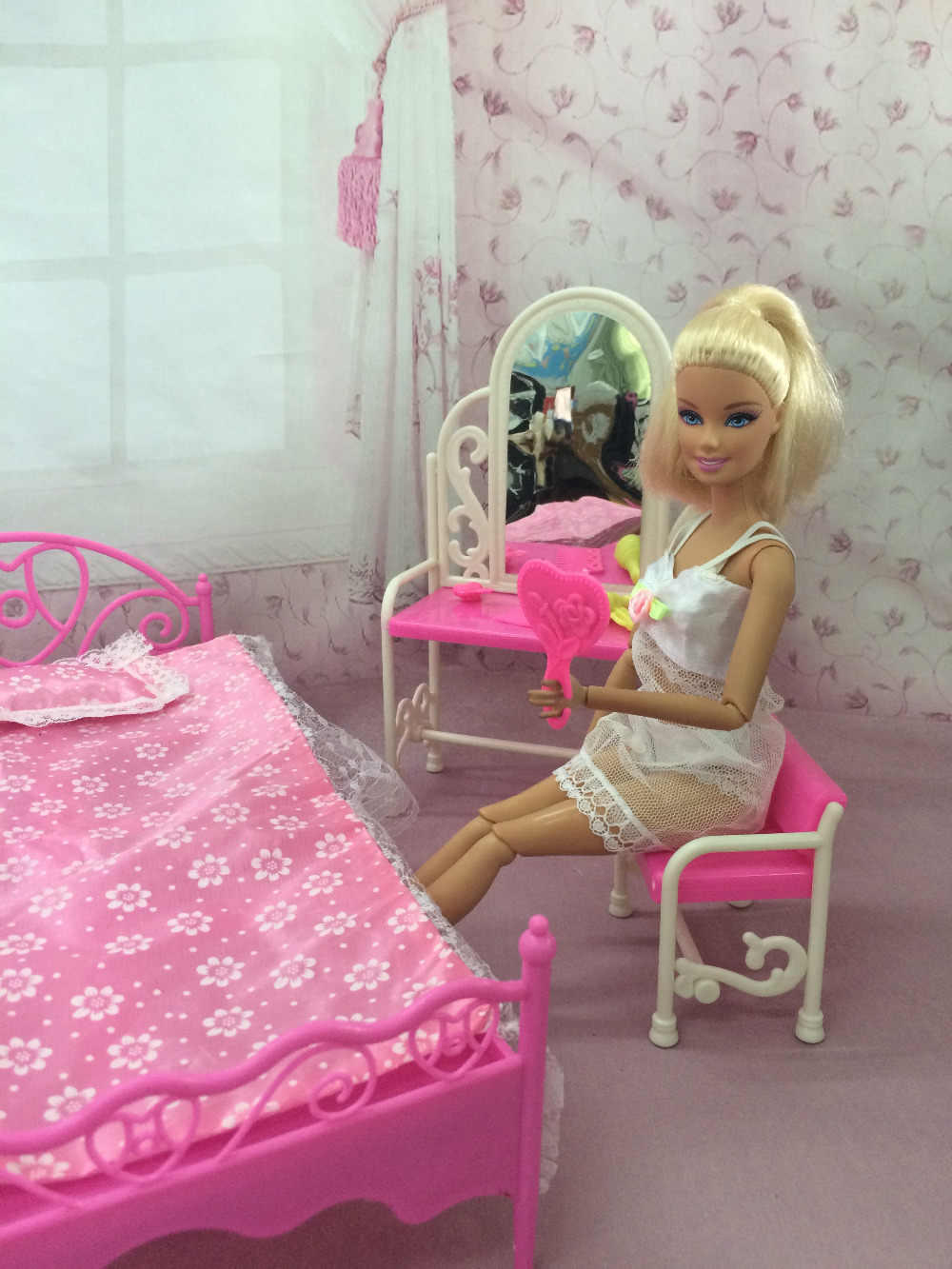 Detail Feedback Questions About Free Shipping One Set Doll Furniture