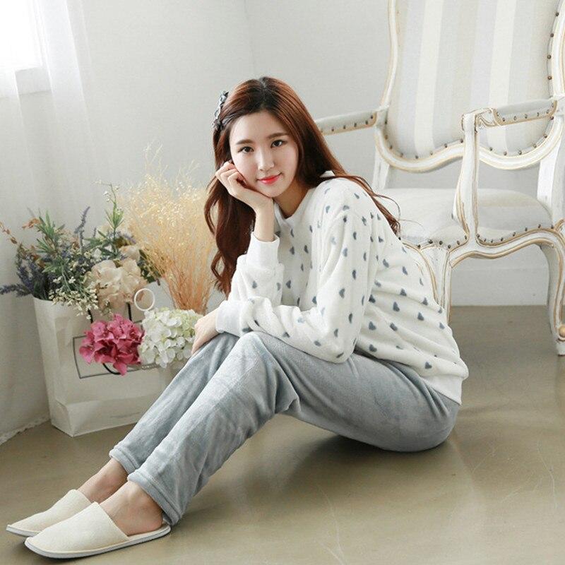 2017 Pyjamas Women Cute Winter Warm White Flannel Cartoon Pajamas Set Thickened Sleepwear