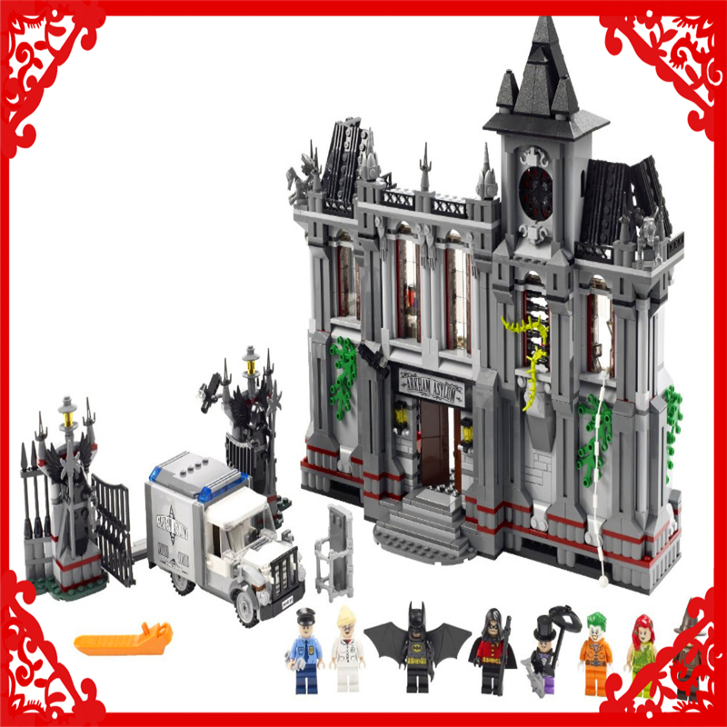 DECOOL 7124 Batman Super Heroes Arkham Asylum Building Block 1619Pcs DIY Educational  Toys For Children Compatible Legoe sluban 2500 block vehicle maintenance repair station 414pcs diy educational building toys for children compatible legoe