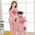 Coincidencia de diseño mommy and me pijamas pijamas de navidad ropa de la familia linda carácter mirada de la familia de madre e hija ropa de noche fija