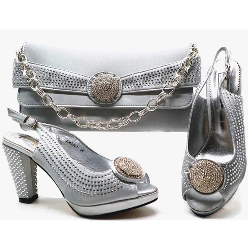 as Nigérien En Ensemble Ventes Chaussures Mis Pictures Arrivée Sac Assorties Italie Décoré Femmes Parti Avec Et Nouvelle As Appliques Pictures gqU4wCnZ