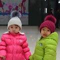2016 Marca nova uinsex crianças chapéu do inverno com pele de guaxinim naturais pompom chapéu para menino e menina de alta qualidade confortável melhor vendedor