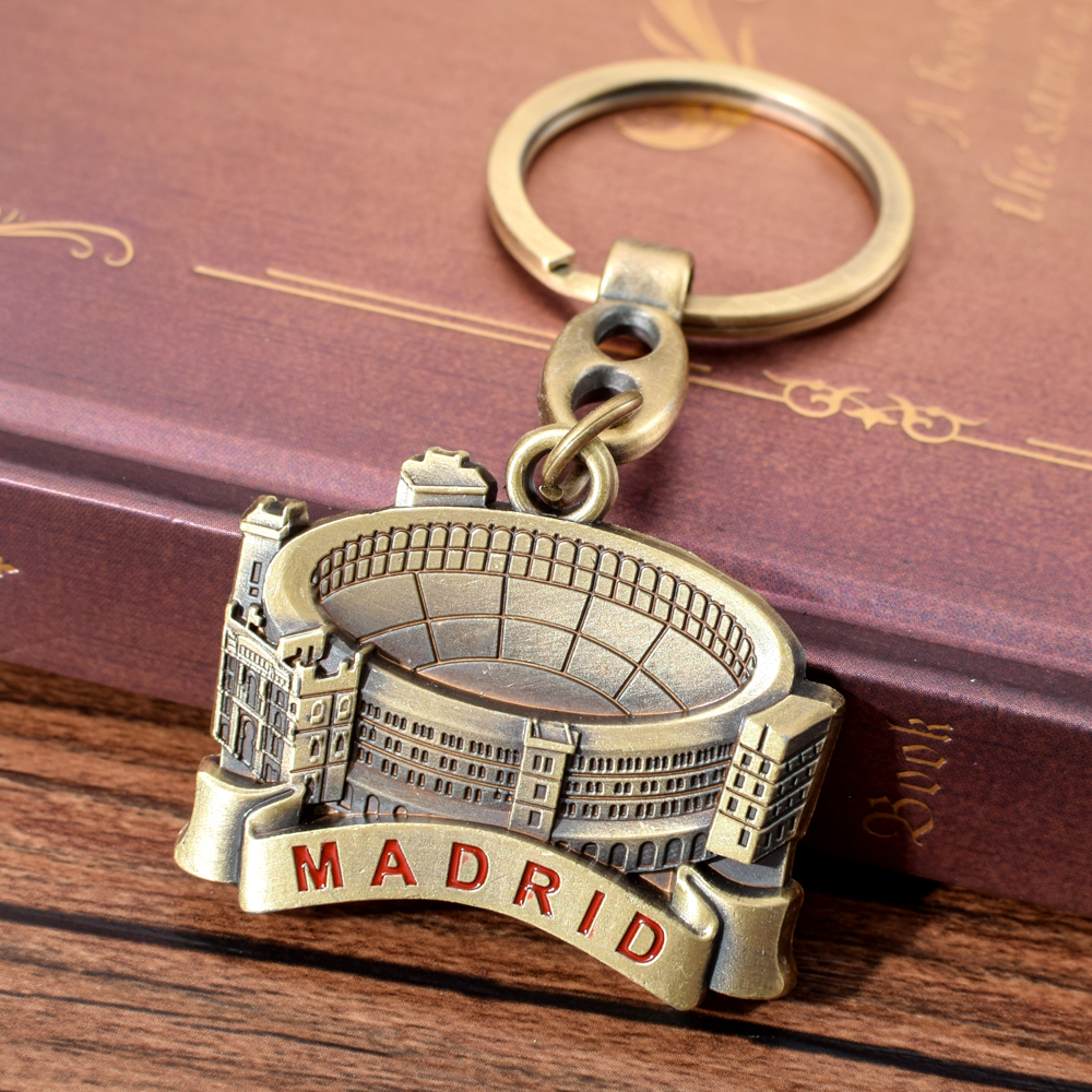 Spain Las Ventas Bullring Keychain Madrid Bullfighting Field Key Chain For Men Women Spain Travel Souvenir Gift For Friend